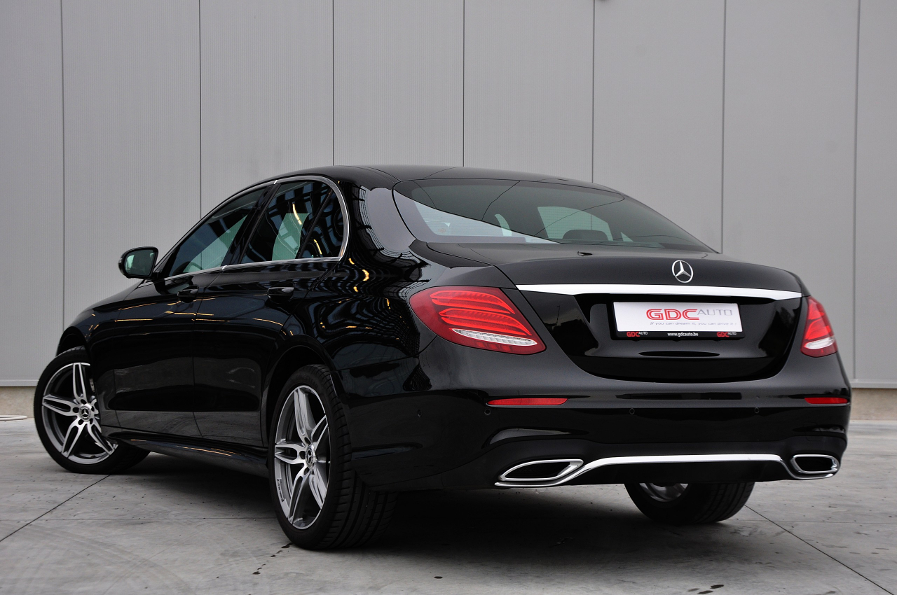GDC Auto Mercedes-Benz E 220  AMG PACK / Open Dak / Widescreen !