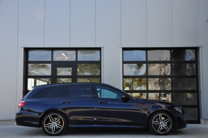 GDC Auto Mercedes-Benz E 220 AMG PACK - FULL OPTION