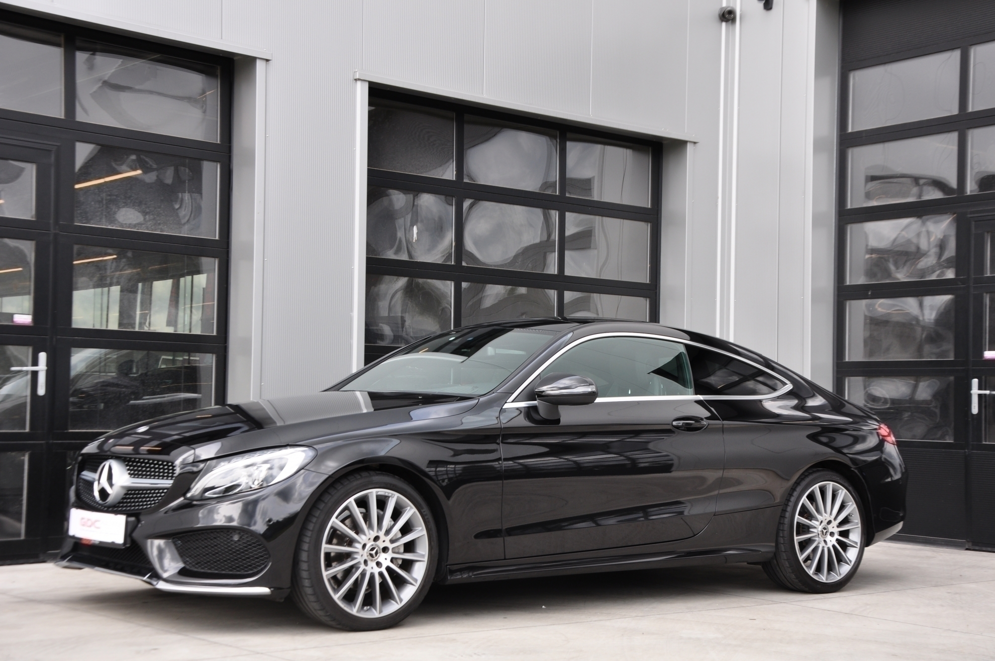 GDC Auto Mercedes-Benz C 220 AMG PACK / FULL OPTION