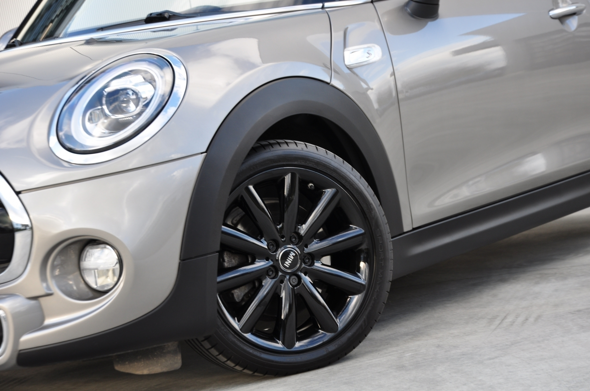 GDC Auto MINI Cooper S Cabrio 2.0AS